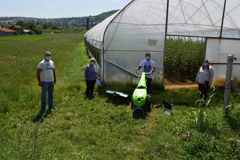 IADK lehtëson punën e përfituesëve me mekanizëm bujqësor
