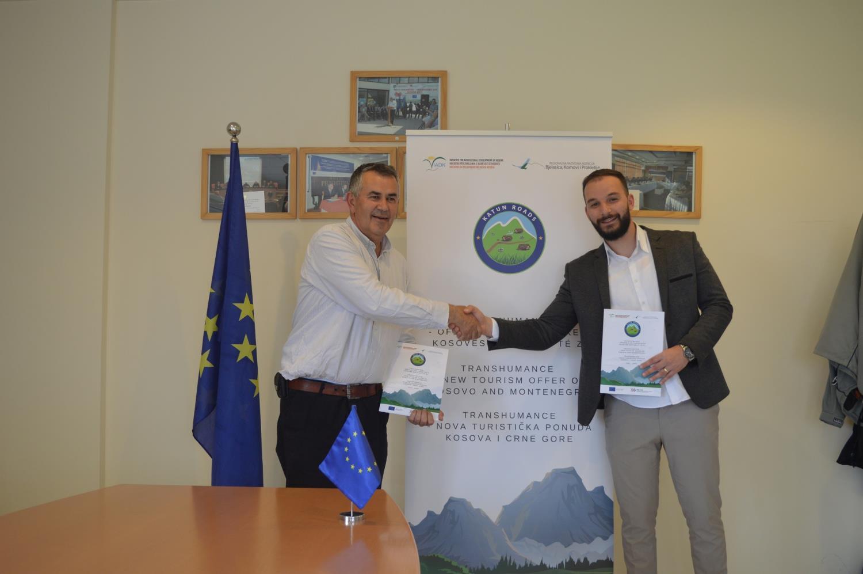 IADK nënshkruan kontratën për furnizim me panele solare tek përfituesit e turizmit